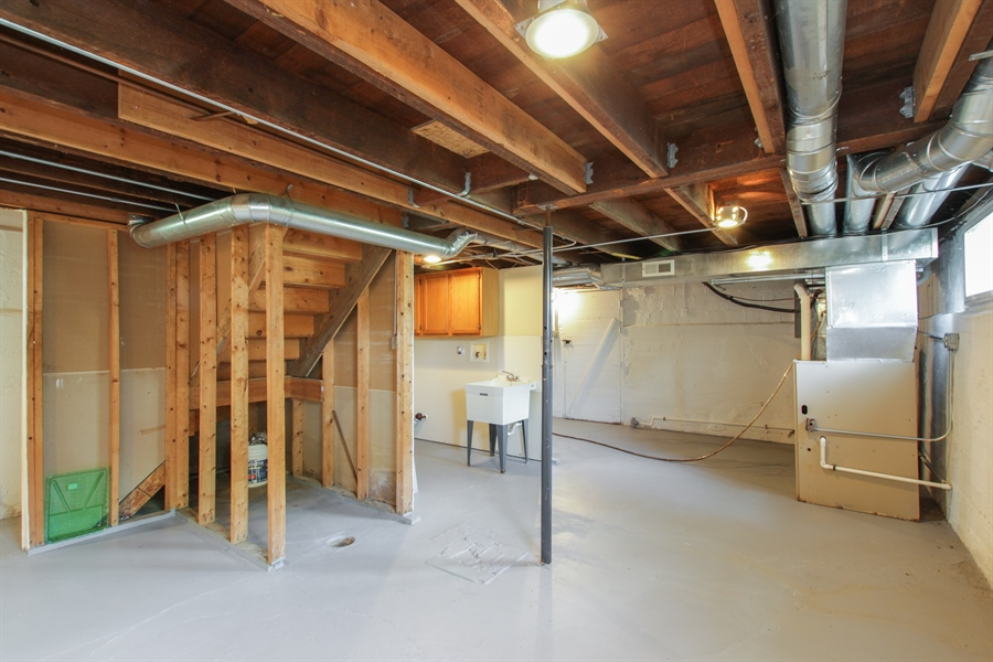 Real Estate Photography - 621 E. Jackson Street, Morris, IL, 60450 - Basement