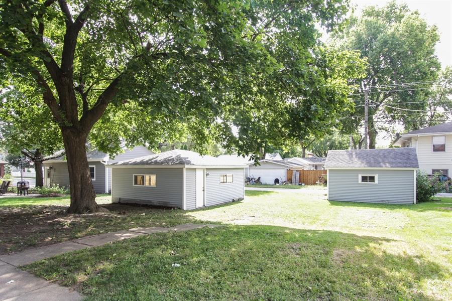 Real Estate Photography - 621 E. Jackson Street, Morris, IL, 60450 - Garage