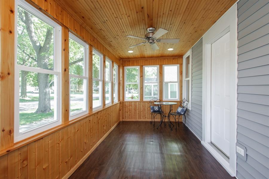 Real Estate Photography - 621 E. Jackson Street, Morris, IL, 60450 - Porch
