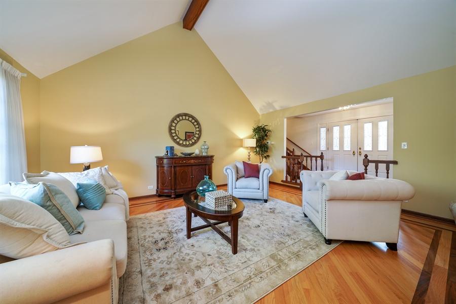 Real Estate Photography - 134 Saddle Brook Drive, Oak Brook, IL, 60523 - Living Room