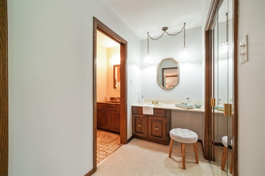 Real Estate Photography - 134 Saddle Brook Drive, Oak Brook, IL, 60523 - Master Bathroom