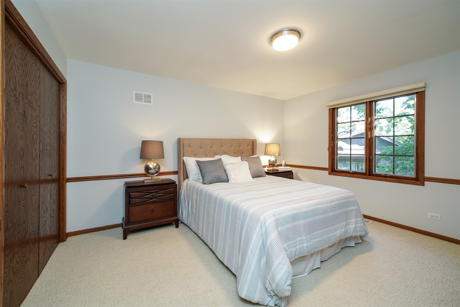 Real Estate Photography - 134 Saddle Brook Drive, Oak Brook, IL, 60523 - 2nd Bedroom
