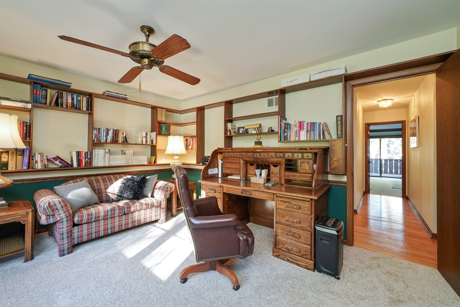 Real Estate Photography - 134 Saddle Brook Drive, Oak Brook, IL, 60523 - 4th Bedroom