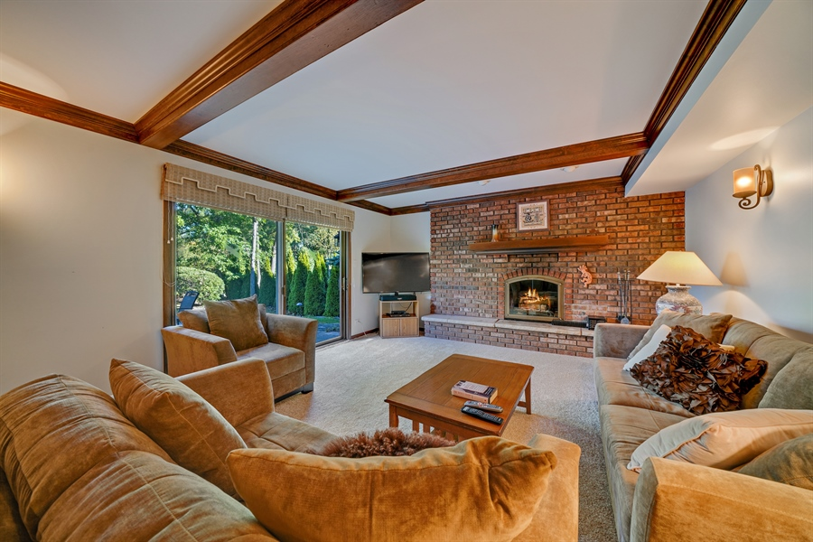 Real Estate Photography - 134 Saddle Brook Drive, Oak Brook, IL, 60523 - Family Room