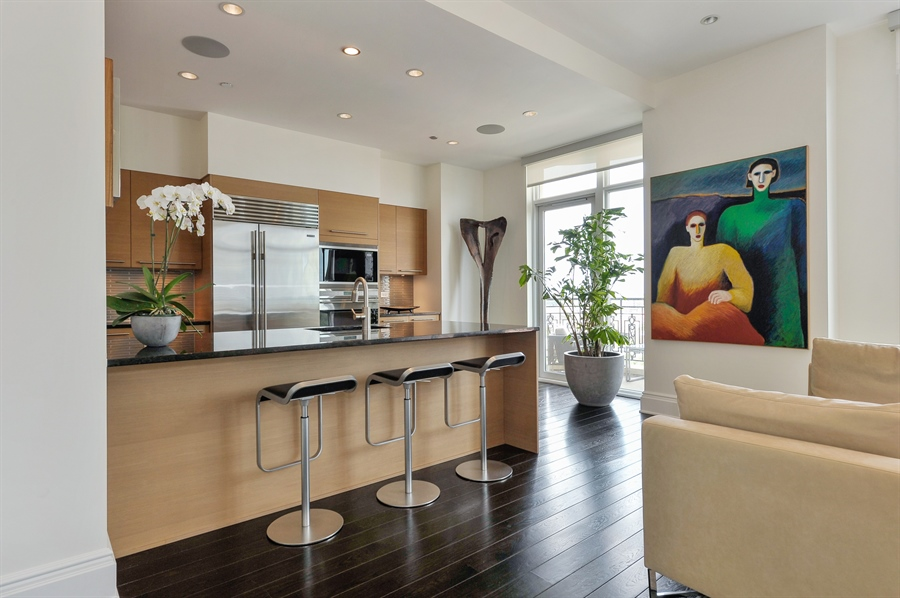 Real Estate Photography - 2550 N. Lakeview Avenue, Unit N1105-6, Chicago, IL, 60614 - Kitchen / Breakfast Room