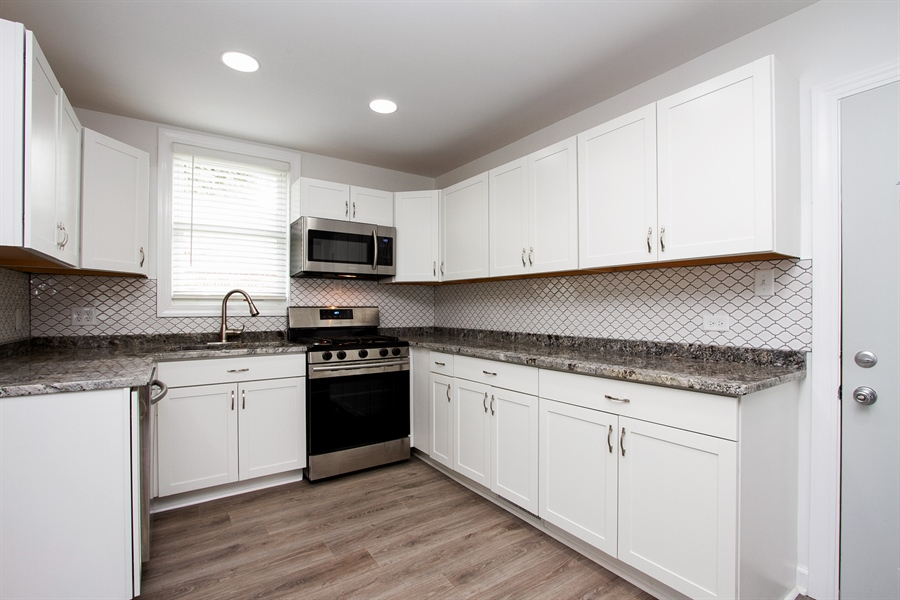 Real Estate Photography - 1647 W. 92nd Street, Chicago, IL, 60620 - Kitchen