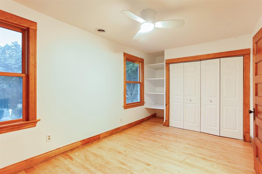 Real Estate Photography - 931 S. Kenilworth Avenue, Oak Park, IL, 60304 - Master Bedroom