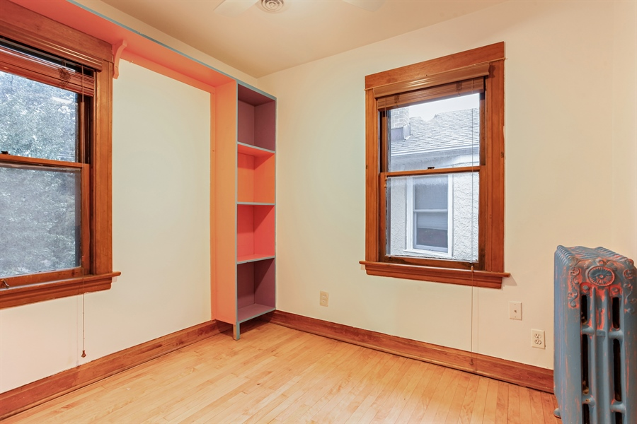 Real Estate Photography - 931 S. Kenilworth Avenue, Oak Park, IL, 60304 - 3rd Bedroom