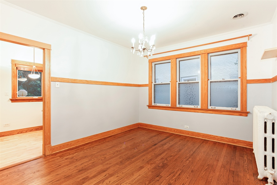 Real Estate Photography - 931 S. Kenilworth Avenue, Oak Park, IL, 60304 - Dining Room
