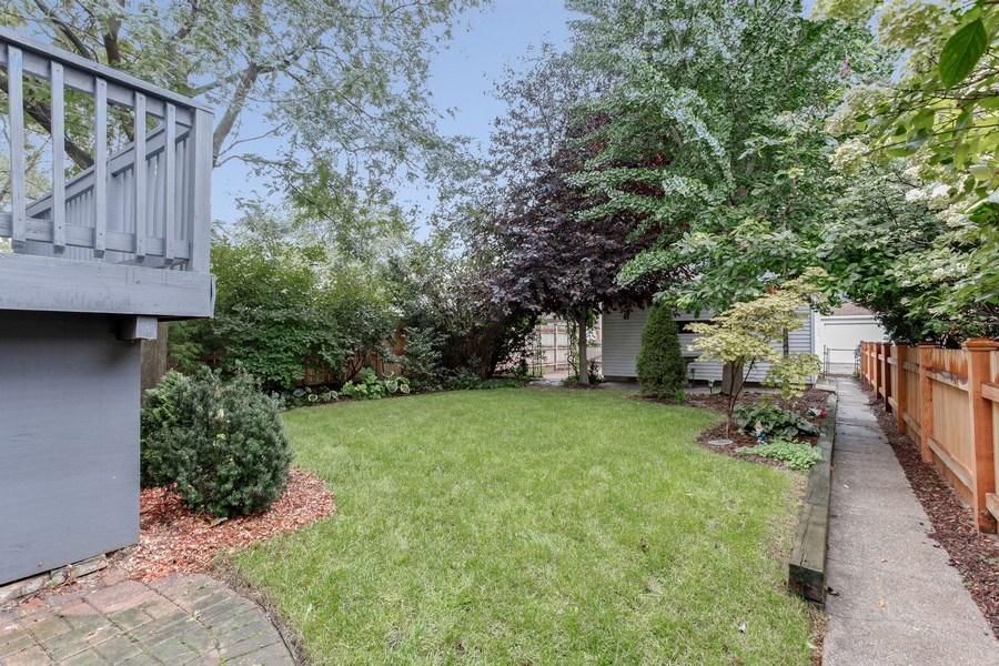 Real Estate Photography - 931 S. Kenilworth Avenue, Oak Park, IL, 60304 - Back Yard