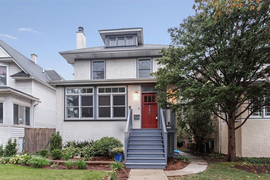Real Estate Photography - 931 S. Kenilworth Avenue, Oak Park, IL, 60304 - Front View
