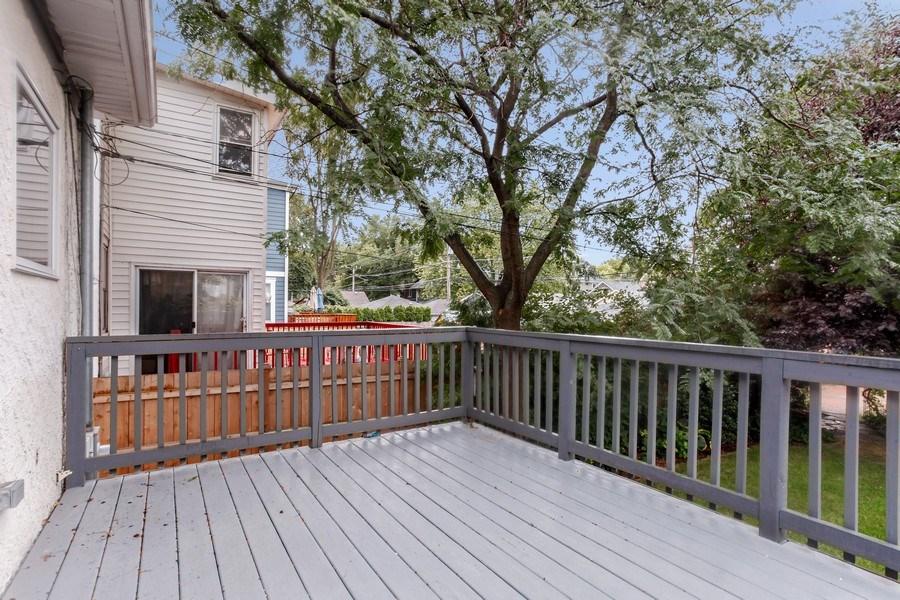 Real Estate Photography - 931 S. Kenilworth Avenue, Oak Park, IL, 60304 - Deck