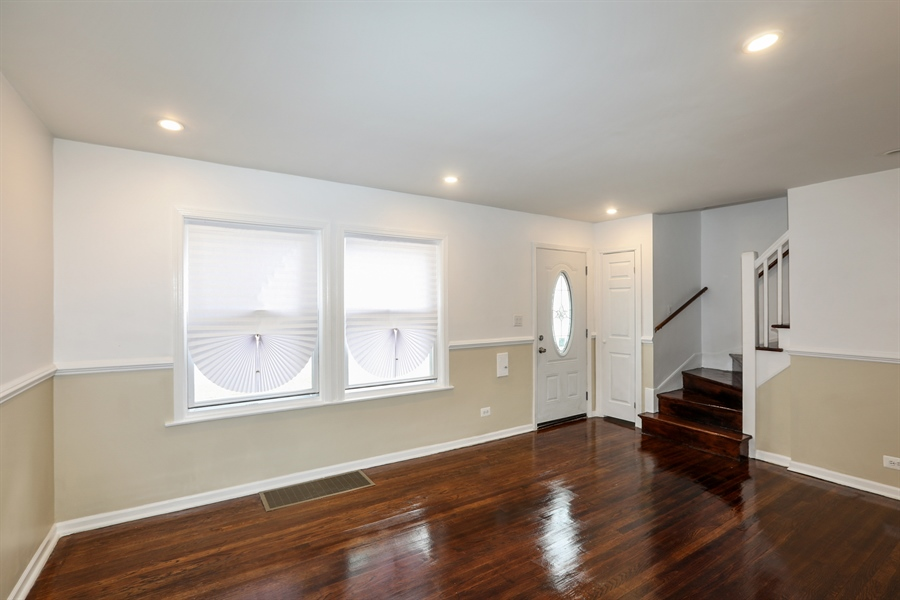 Real Estate Photography - 1056 W. 111TH Place, Chicago, IL, 60643 - Living Room
