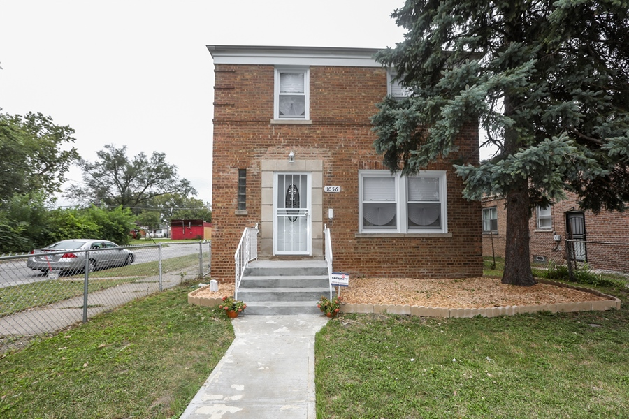 Real Estate Photography - 1056 W. 111TH Place, Chicago, IL, 60643 - Front View
