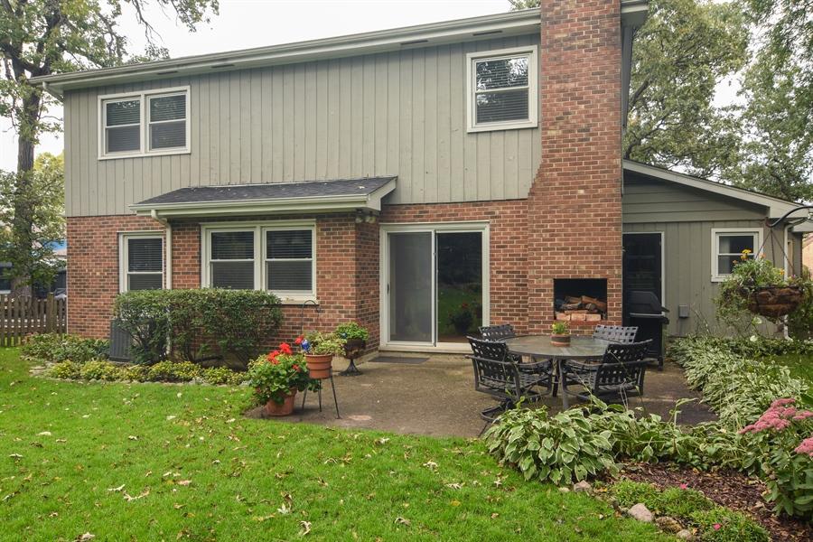 Real Estate Photography - 721 Concord Lane, Barrington, IL, 60010 - Location 2