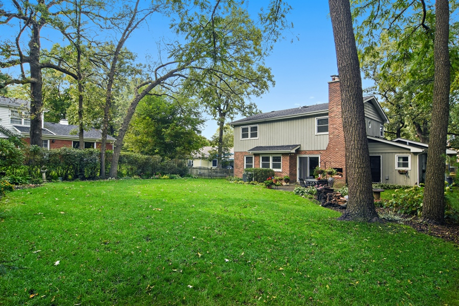Real Estate Photography - 721 Concord Lane, Barrington, IL, 60010 - Side View