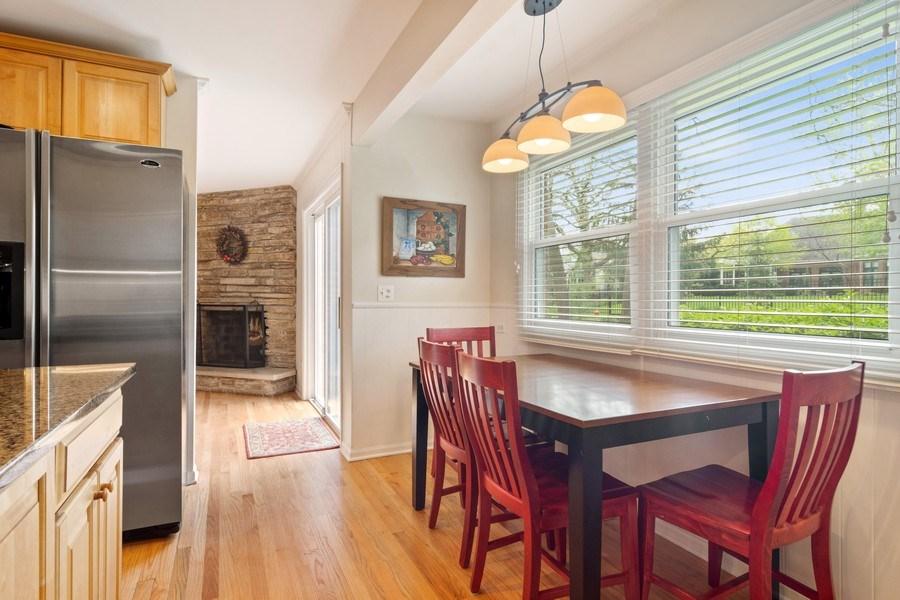 Real Estate Photography - 721 Concord Lane, Barrington, IL, 60010 - Breakfast Nook