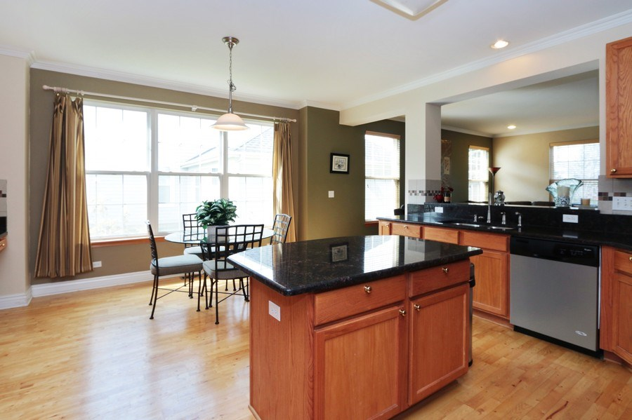 Real Estate Photography - 406 N. White Deer Trail, Vernon Hills, IL, 60061 - Kitchen