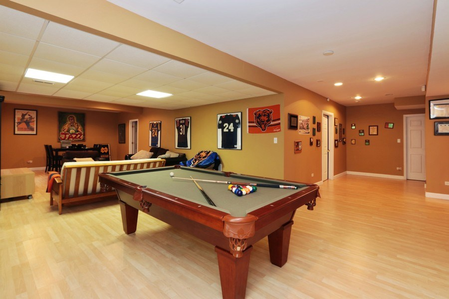 Real Estate Photography - 406 N. White Deer Trail, Vernon Hills, IL, 60061 - Recreational Room