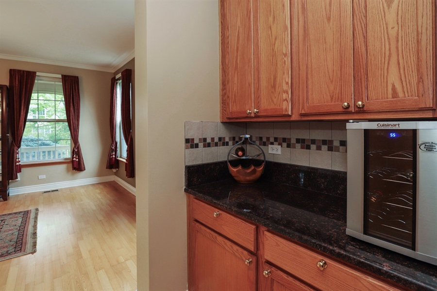 Real Estate Photography - 406 N. White Deer Trail, Vernon Hills, IL, 60061 - Butler's pantry
