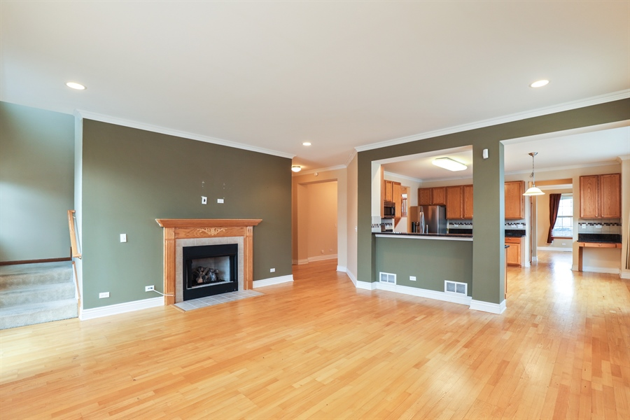 Real Estate Photography - 406 N. White Deer Trail, Vernon Hills, IL, 60061 - Family Room