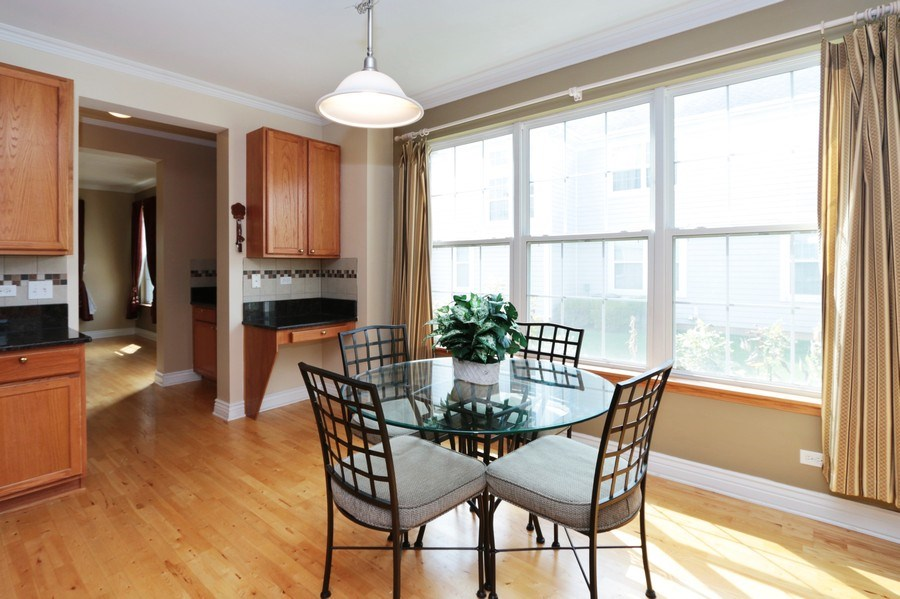 Real Estate Photography - 406 N. White Deer Trail, Vernon Hills, IL, 60061 - Breakfast Area