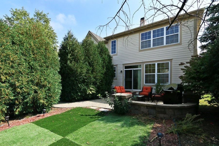 Real Estate Photography - 406 N. White Deer Trail, Vernon Hills, IL, 60061 - Rear View
