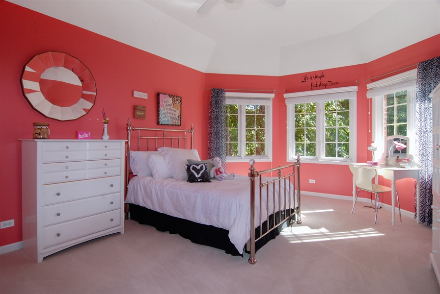 Real Estate Photography - 1090 Chadwick Court, Aurora, IL, 60502 - 3rd Bedroom