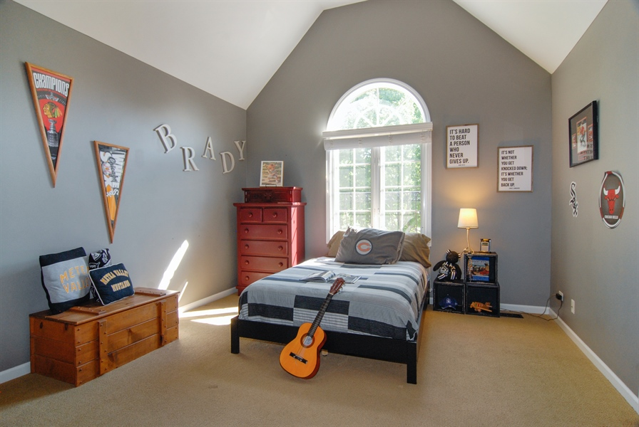 Real Estate Photography - 1090 Chadwick Court, Aurora, IL, 60502 - 2nd Bedroom