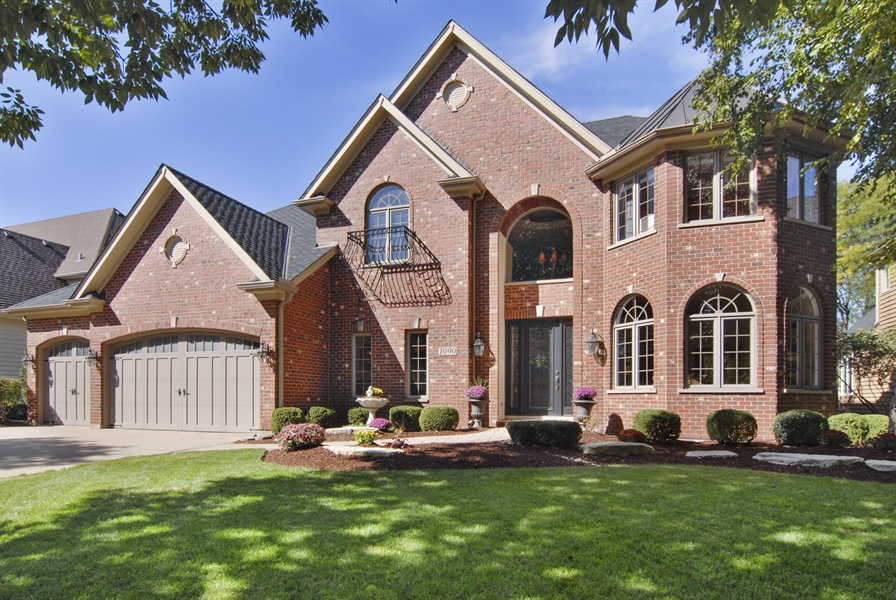 Real Estate Photography - 1090 Chadwick Court, Aurora, IL, 60502 - Front View