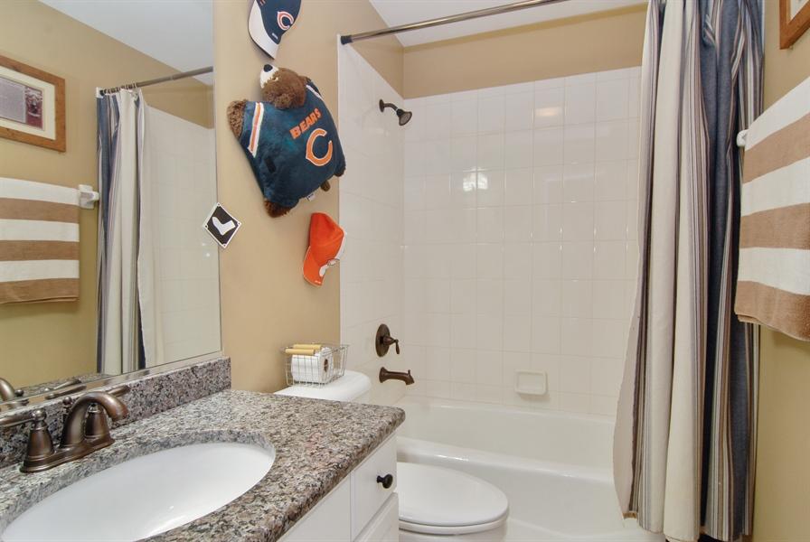Real Estate Photography - 1090 Chadwick Court, Aurora, IL, 60502 - Bathroom
