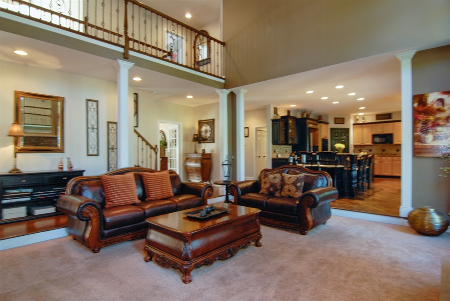 Real Estate Photography - 1090 Chadwick Court, Aurora, IL, 60502 - Family Room / Kitchen