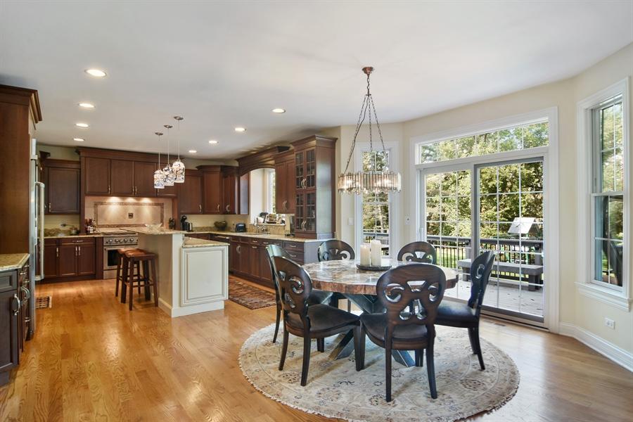 Real Estate Photography - 78 E. WILMETTE Avenue, Palatine, IL, 60067 - Kitchen / Breakfast Room