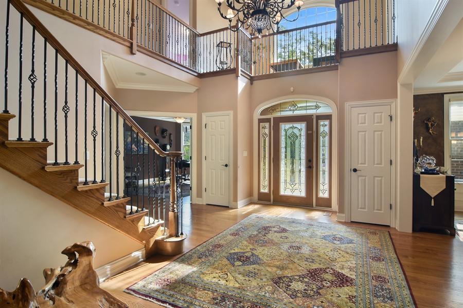 Real Estate Photography - 78 E. WILMETTE Avenue, Palatine, IL, 60067 - Foyer