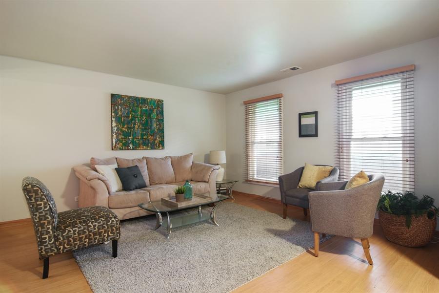 Real Estate Photography - 4997 Somerton Drive, Hoffman Estates, IL, 60010 - Living Room