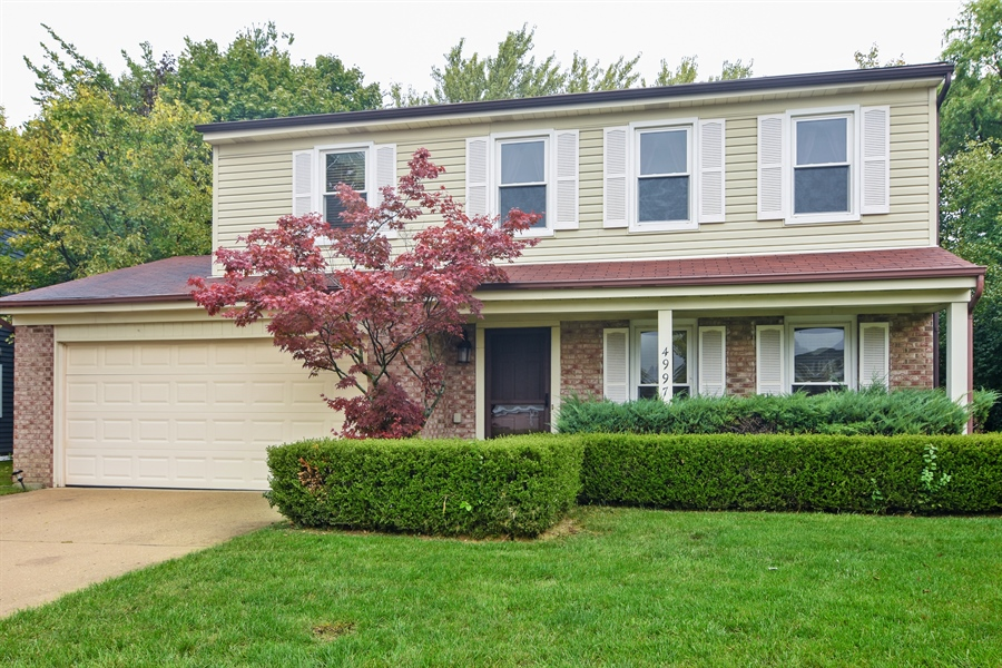Real Estate Photography - 4997 Somerton Drive, Hoffman Estates, IL, 60010 - Front View