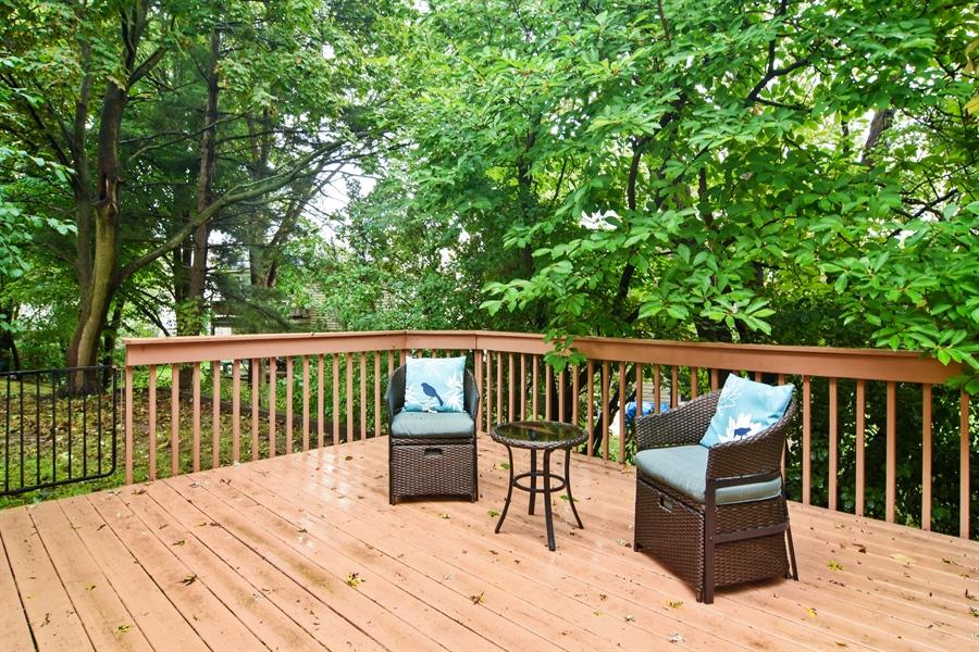Real Estate Photography - 4997 Somerton Drive, Hoffman Estates, IL, 60010 - Deck