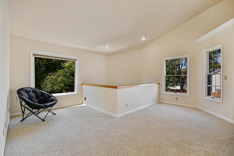 Real Estate Photography - 234 S. HARRISON Street, Unit 234, Geneva, IL, 60134 - Loft