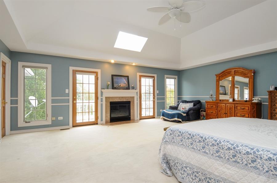 Real Estate Photography - 10615 Burnham Court, Naperville, IL, 60564 - Master Bedroom