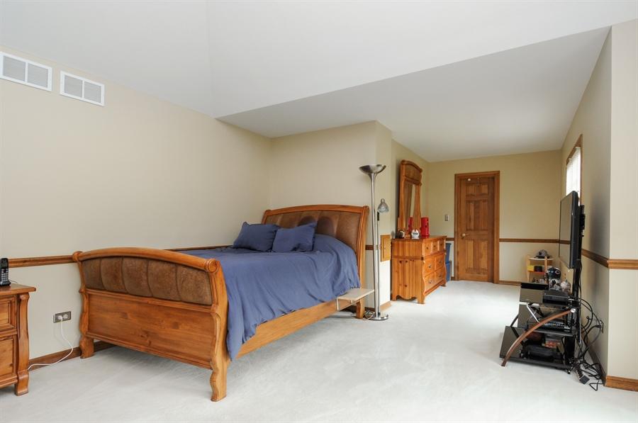 Real Estate Photography - 10615 Burnham Court, Naperville, IL, 60564 - 2nd Bedroom