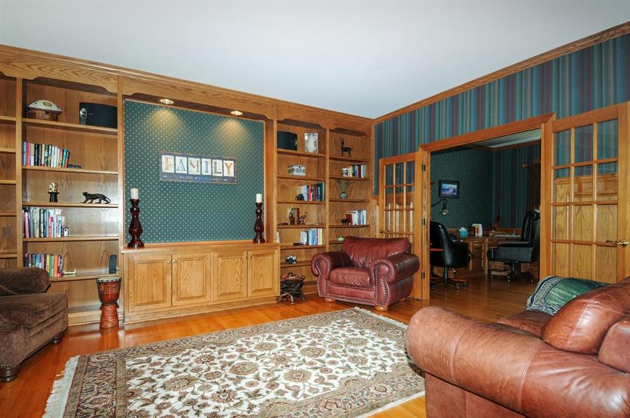 Real Estate Photography - 10615 Burnham Court, Naperville, IL, 60564 - Living Room