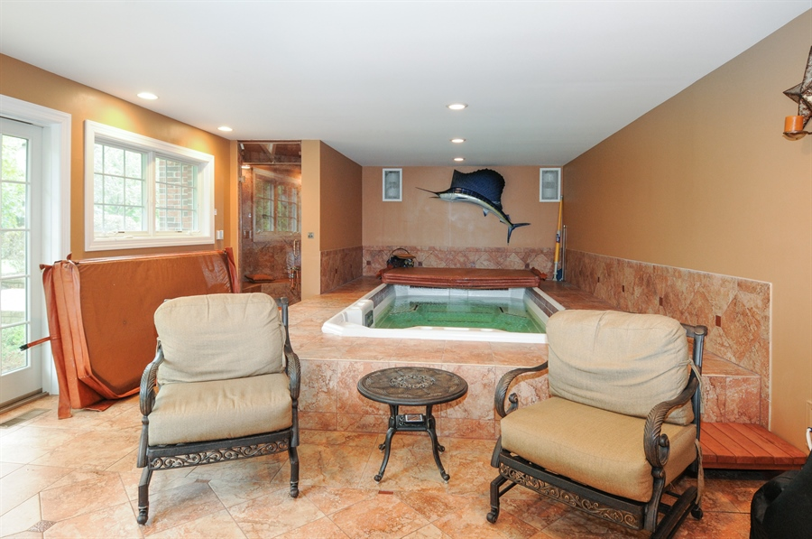 Real Estate Photography - 10615 Burnham Court, Naperville, IL, 60564 - Pool