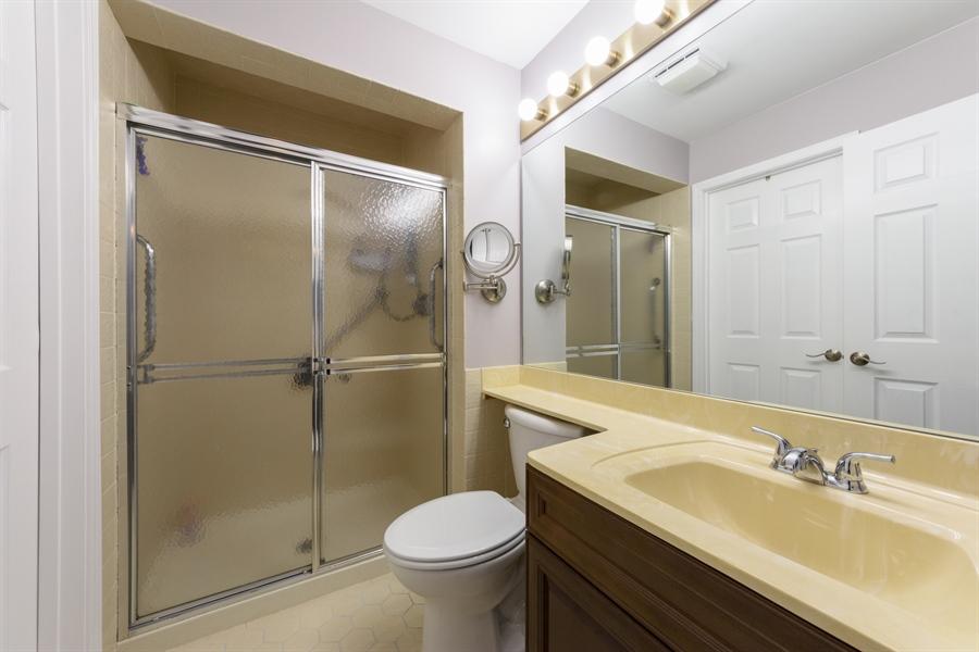 Real Estate Photography - 4040 N. Harvard Avenue, Arlington Heights, IL, 60004 - Master Bathroom