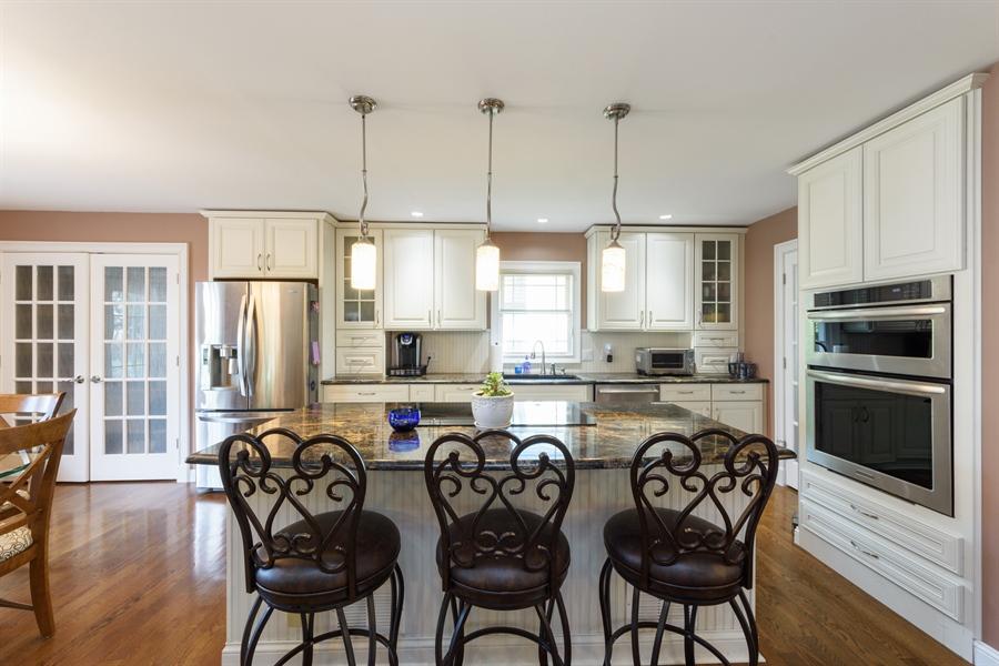 Real Estate Photography - 4040 N. Harvard Avenue, Arlington Heights, IL, 60004 - Kitchen