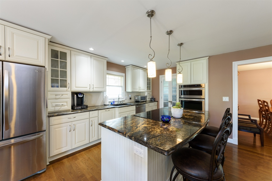 Real Estate Photography - 4040 N. Harvard Avenue, Arlington Heights, IL, 60004 - Kitchen / Dining Room