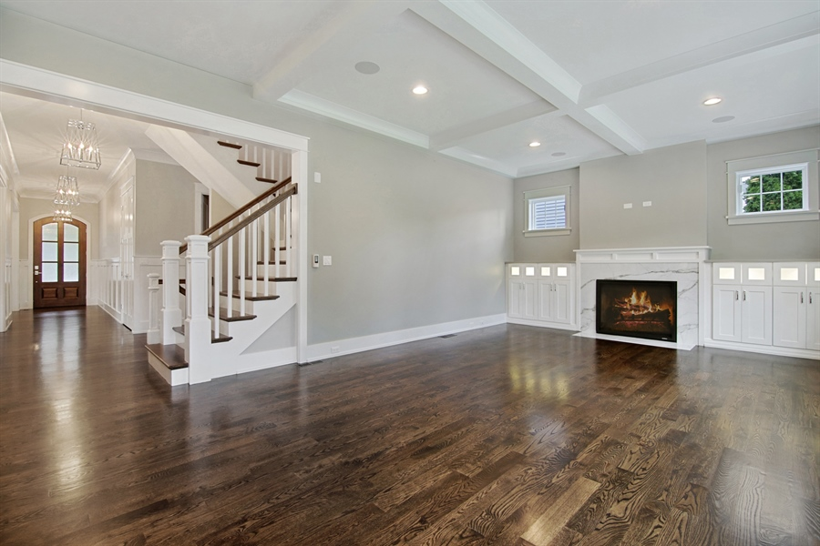 Real Estate Photography - 1719 Maplewood Lane, Glenview, IL, 60025 - Family Room