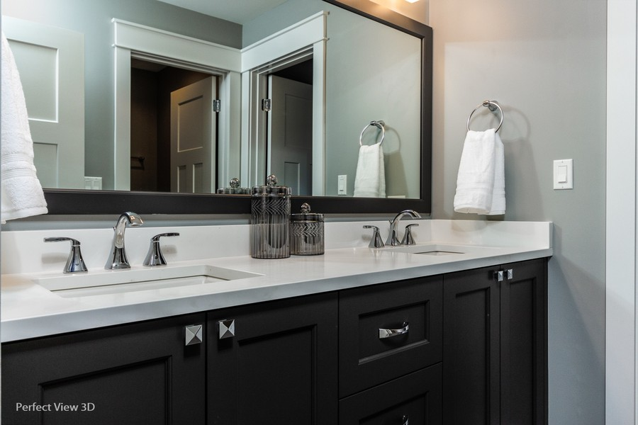 Real Estate Photography - 1719 Maplewood Lane, Glenview, IL, 60025 -