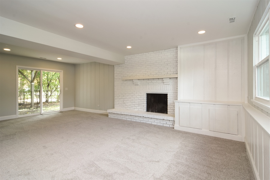 Real Estate Photography - 1065 N. Smith Street, Palatine, IL, 60067 - Family Room