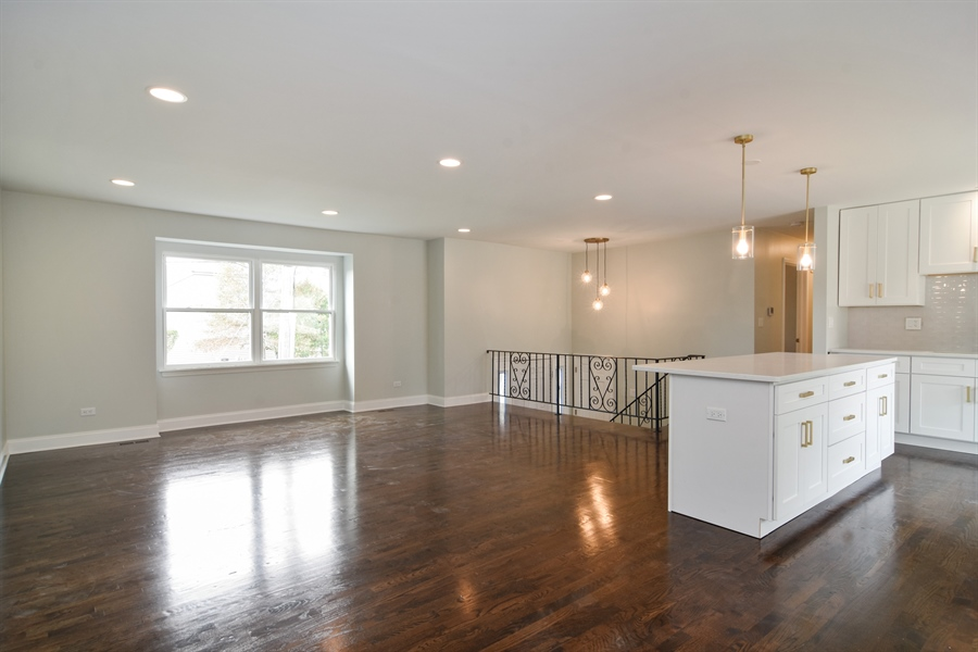Real Estate Photography - 1065 N. Smith Street, Palatine, IL, 60067 - Kitchen / Living Room