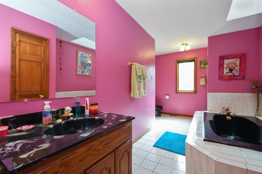 Real Estate Photography - 5620 171st Place, Tinley Park, IL, 60477 - Master Bathroom